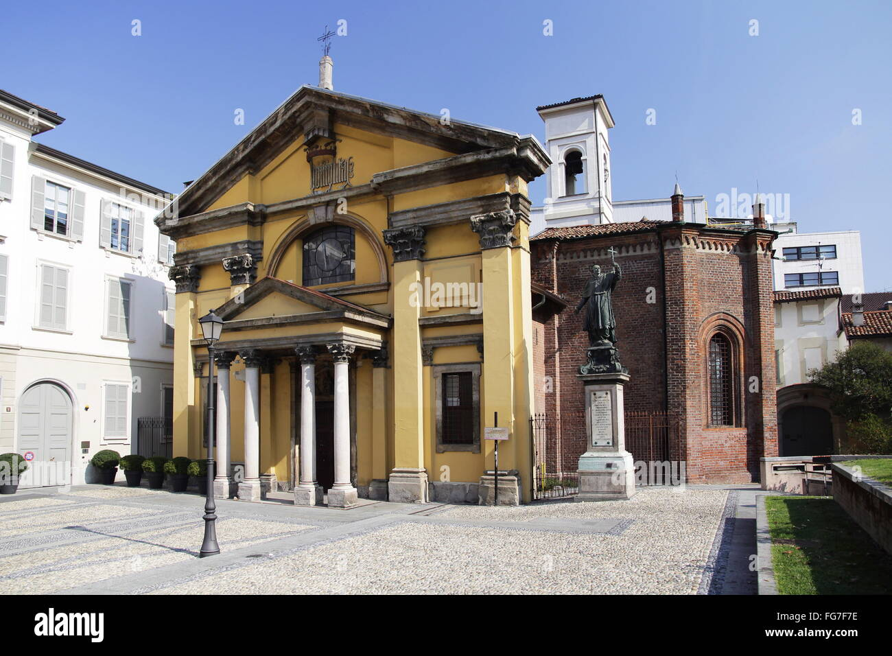 geography / travel, Italy, Lombardy, Milan, church Santa Maria del Podone, Piazza Boromeo, Additional-Rights-Clearance - Stock Image