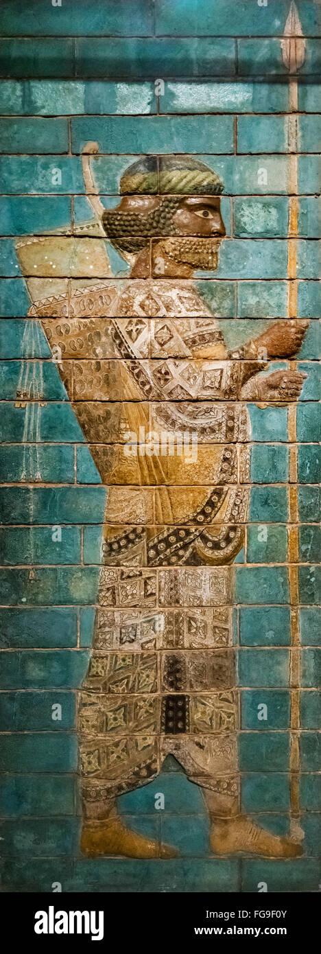 Frieze from Palace at Susa in Iran, c.521-500 BC, showing royal guardsman, probably an 'Immortal', British - Stock Image
