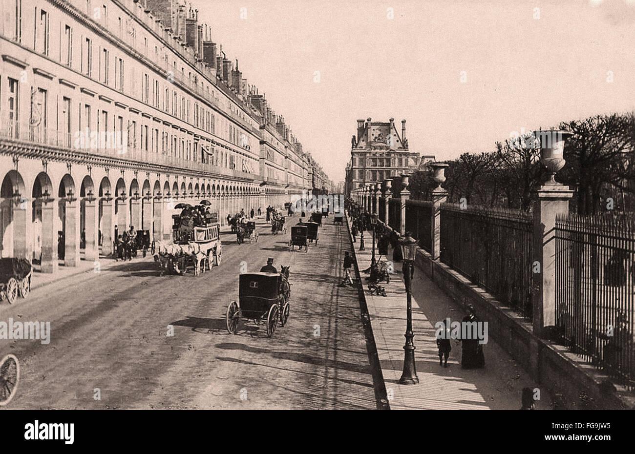 Rue de Rivoli Paris - 1880