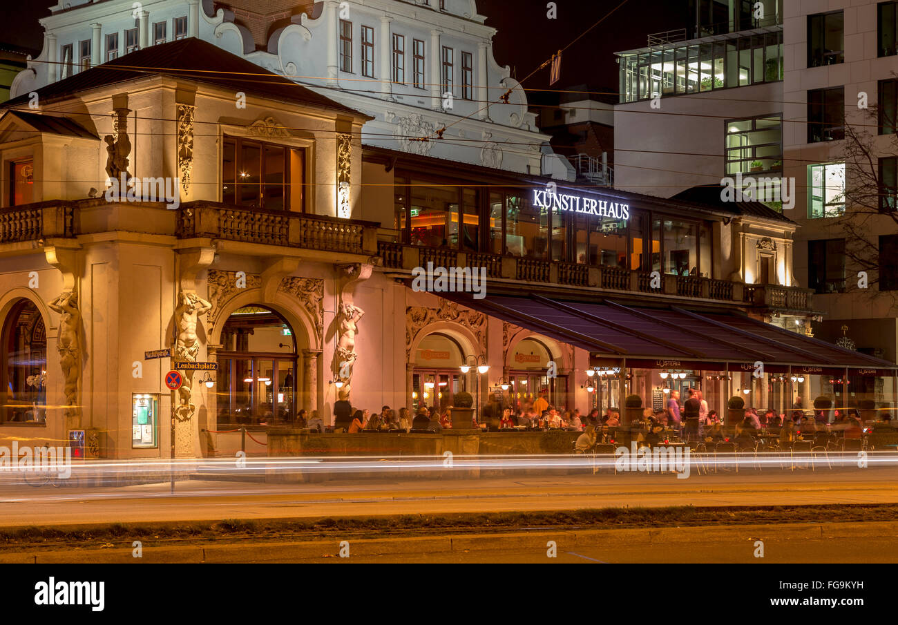 geography / travel, Germany, Bavaria, Munich, Lenbachplatz (square), artist's house, Osteria, Additional-Rights - Stock Image