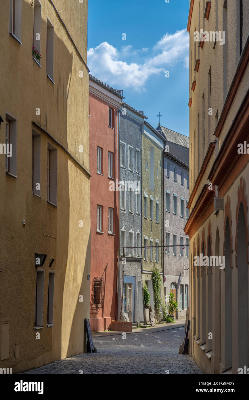 geography / travel, Bavaria, Wasserburg am Inn, row of houses in the old town, with so called Nasenschild (traditional - Stock Image