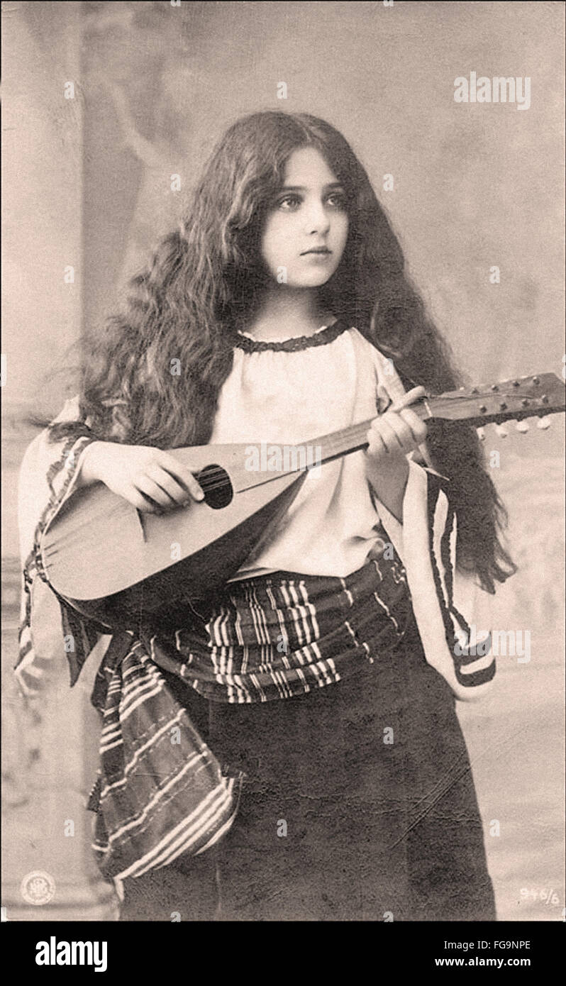 Young Bohemian Women Playing Musical Instruments in the 1800 s - Stock Image