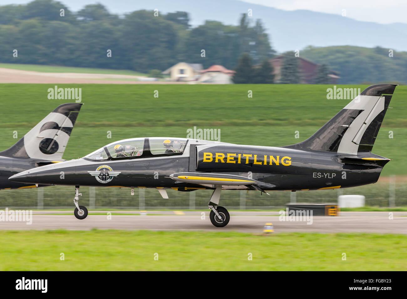 Aero L-39 Albatross trainer aircraft of the Breitling Jet Team - Stock Image