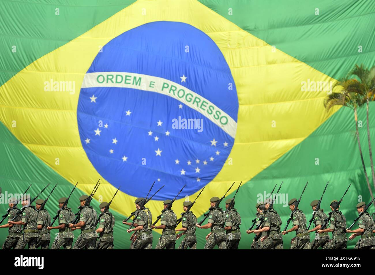 Soldiers with the Brazilian army hold a parade to mark the 71st anniversary of the Battle of Monte Castello February - Stock Image