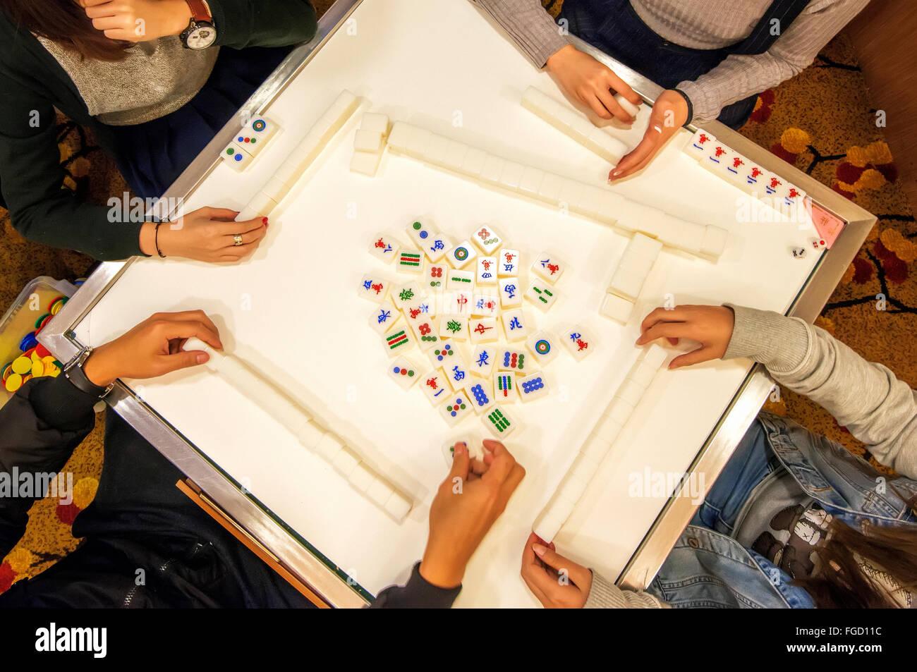 Playing Mahjong Stock Photos & Playing Mahjong Stock Images