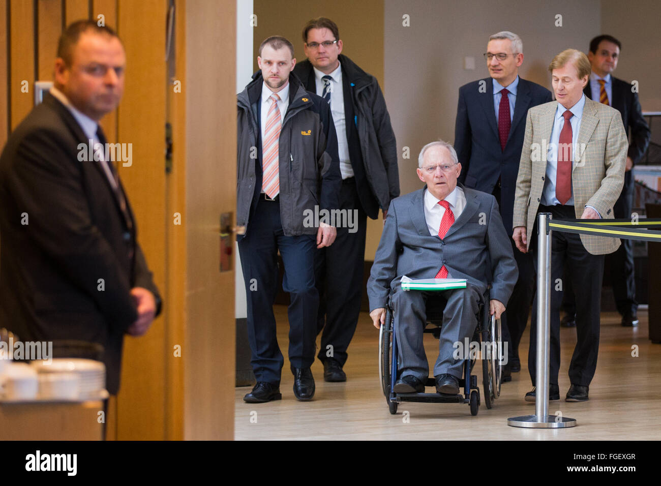 German Finance Minister Wolfgang Schaeuble (CDU, 4th R)  arrives to testify as a witness in front of the enquire - Stock Image