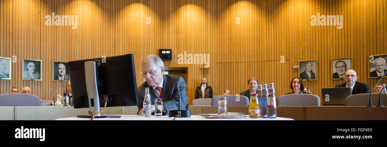 Duesseldorf, Germany. 19th Feb, 2016. German Finance Minister Wolfgang Schaeuble (CDU) sits at a table preparing - Stock Image