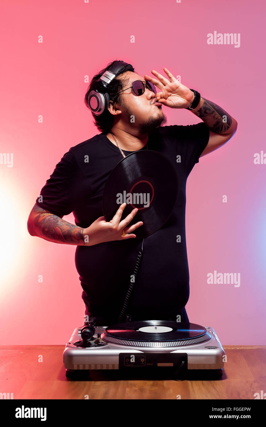 dj tatoo fat guy entertainment open chill out music disc jockey vinyl sound lifestyle nightlife - Stock Image