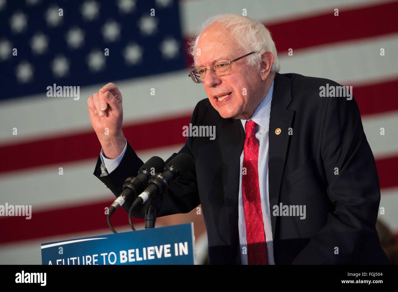 Elko, Nevada, USA. 19th Feb, 2016. Democratic presidential candidate Sen. BERNIE SANDERS (D-VT) speaks at a campaign - Stock Image