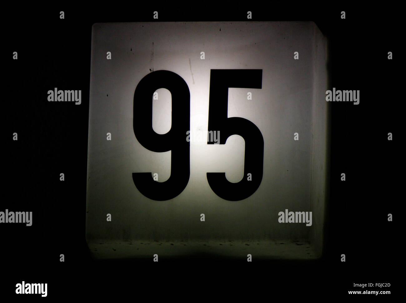 Zahl: '95', Berlin. - Stock Image