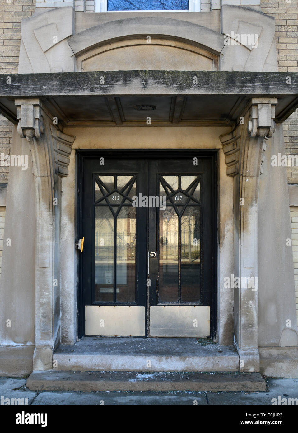 Front doors on a 1920u0027s art deco apartment building close to Lake Michigan on Montrose Avenue in the Uptown neighborhood. & Front doors on a 1920u0027s art deco apartment building close to Lake ...