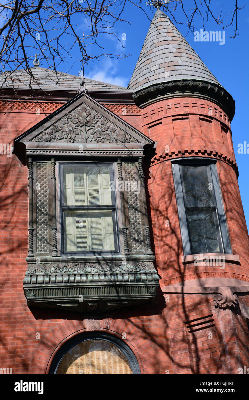 Windows and brick work on a late 19th Century home on Fullerton Avenue in the Lincoln Park neighborhood of Chicago, - Stock Image