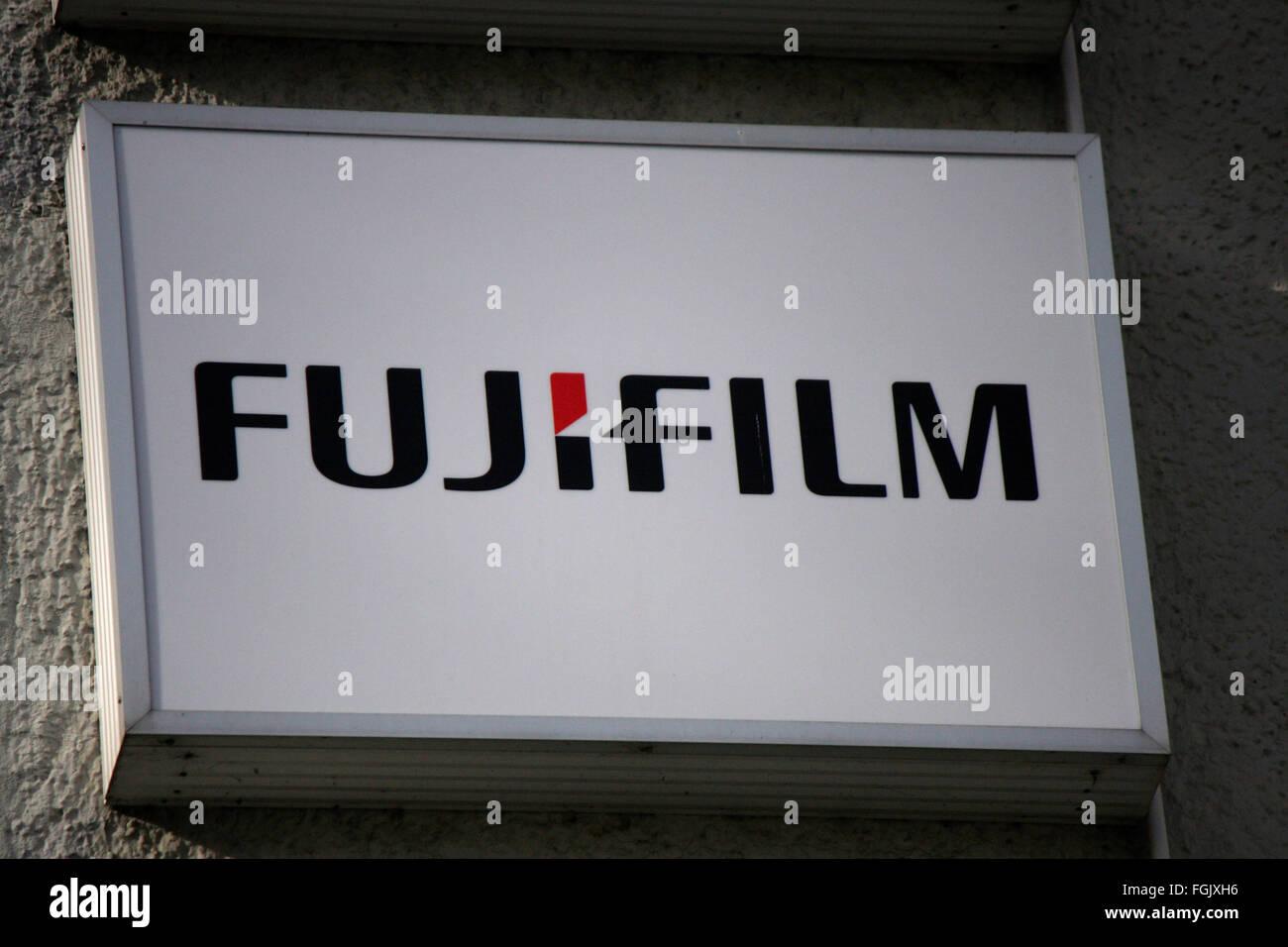 Markenname: 'Fujifilm', Berlin. - Stock Image