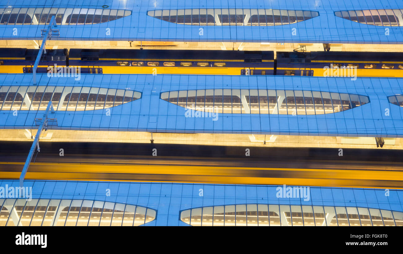 Intercity trains at Arnhem Central Station, The Netherlands - Stock Image
