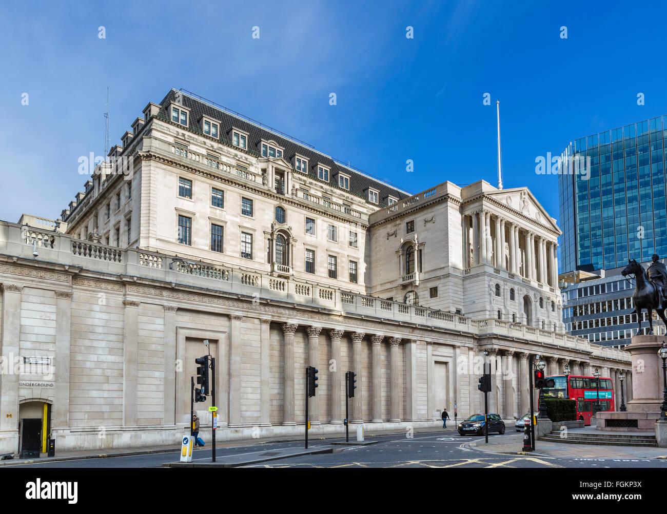 The Bank of England, Threadneedle Street, City of London, London, England, UK - Stock Image