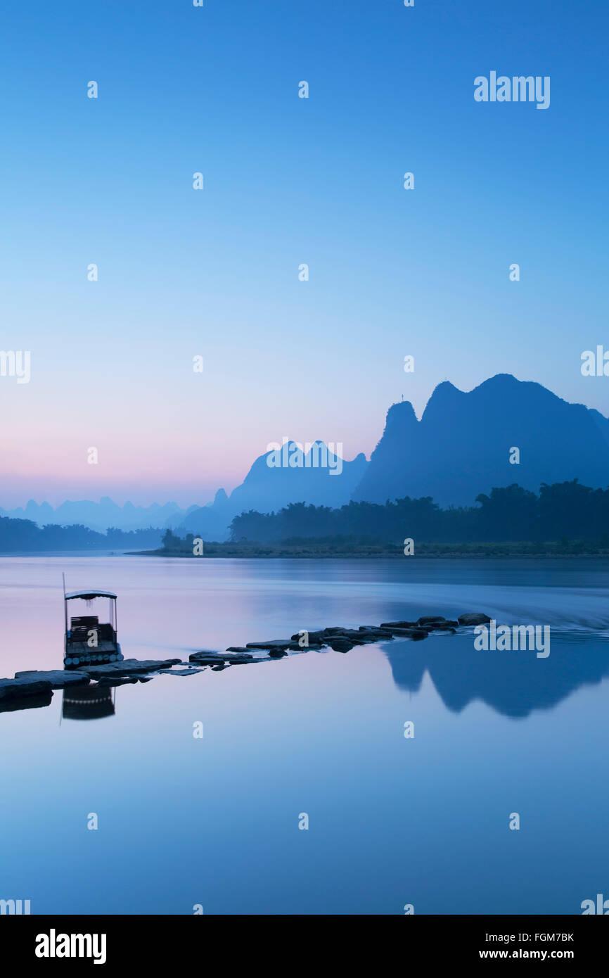 Li River at dawn, Xingping, Yangshuo, Guangxi, China Stock Photo
