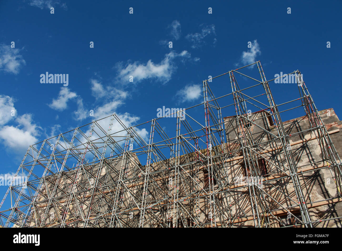 Construction site, building with scaffolding - Stock Image