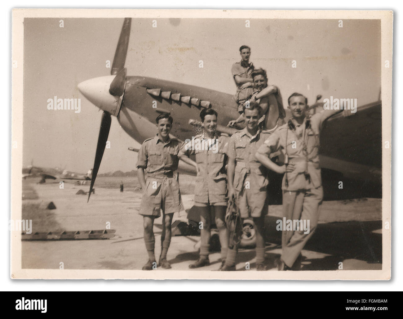 Airman surrounding a Supermarine Spitfire VIII in post-war India - Stock Image