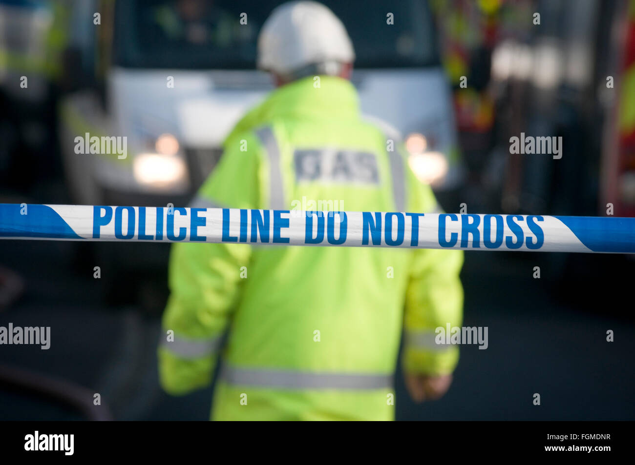 gas leak leaks board road closed by police for suspected leaking pipe pipes infrastructure crumbling emergency response - Stock Image