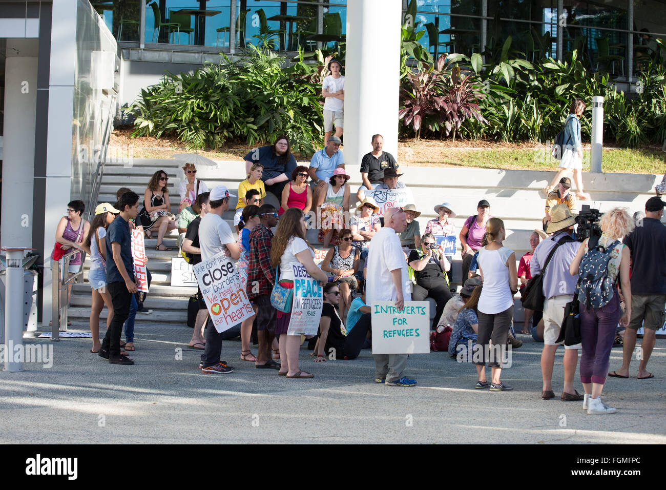 Brisbane, Australia. 21st February, 2016. Baby Asha let them stay rally organisers give victory speech to supporters - Stock Image