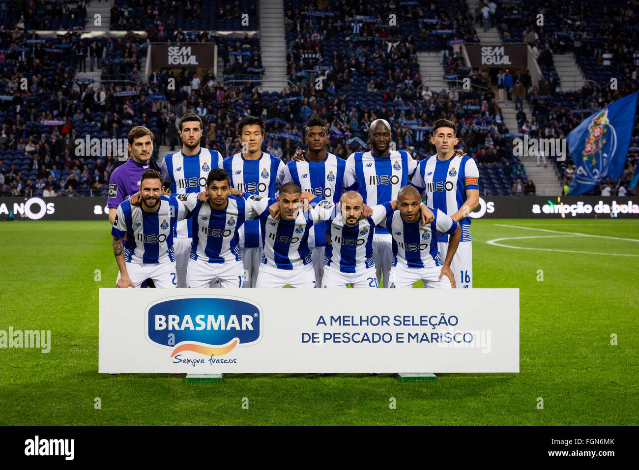Dragon Stadium, Portugal. 21st February, 2016. FC Porto's team line up before the Premier League 2015/16 round - Stock Image