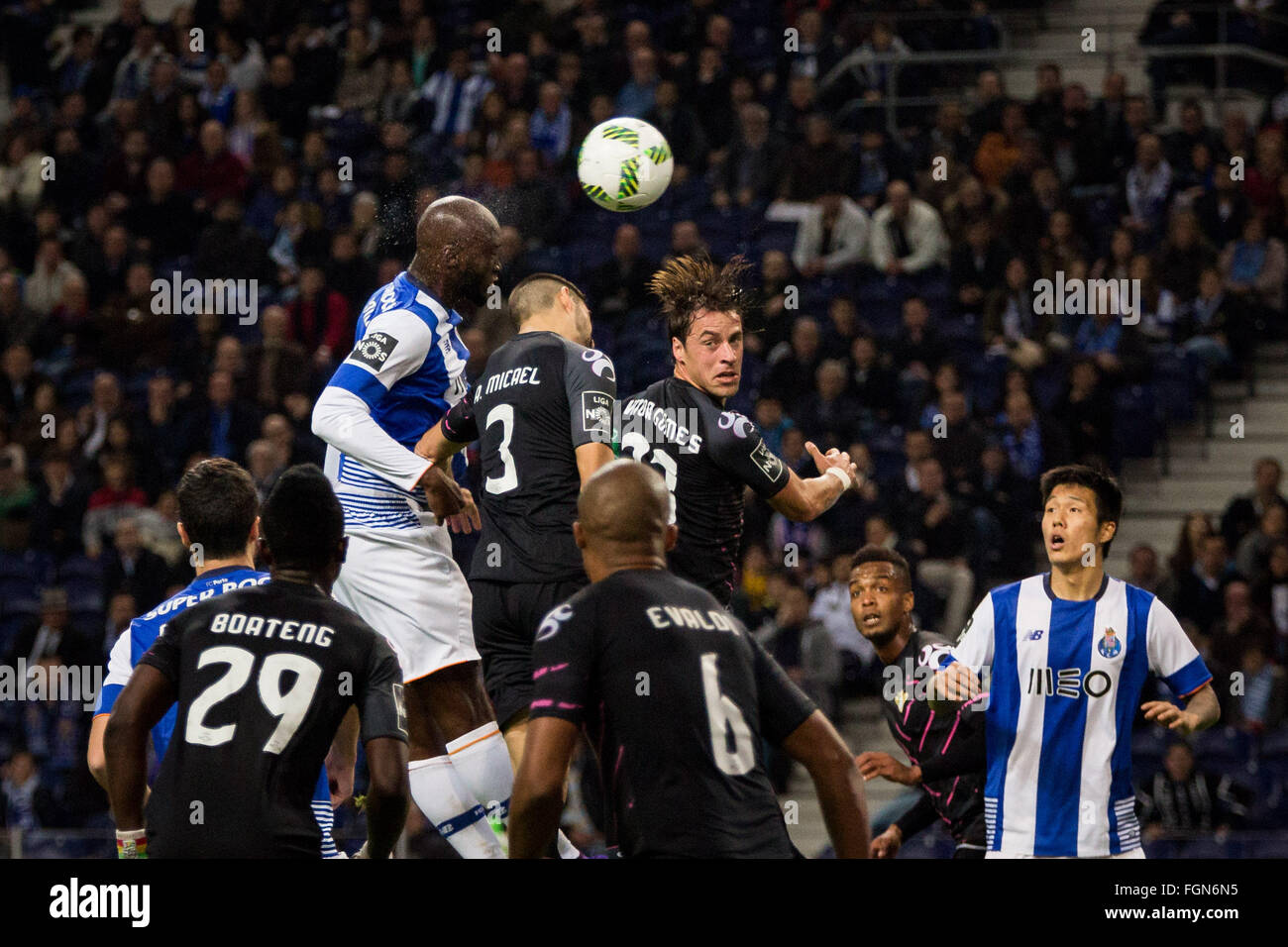 Dragon Stadium, Portugal. 21st February, 2016. FC Porto's player Danilo during the Premier League 2015/16 match - Stock Image