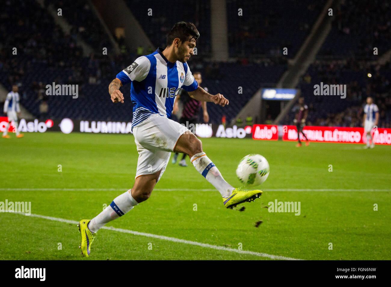 Dragon Stadium, Portugal. 21st February, 2016. FC Porto's player Corona during the Premier League 2015/16 match - Stock Image