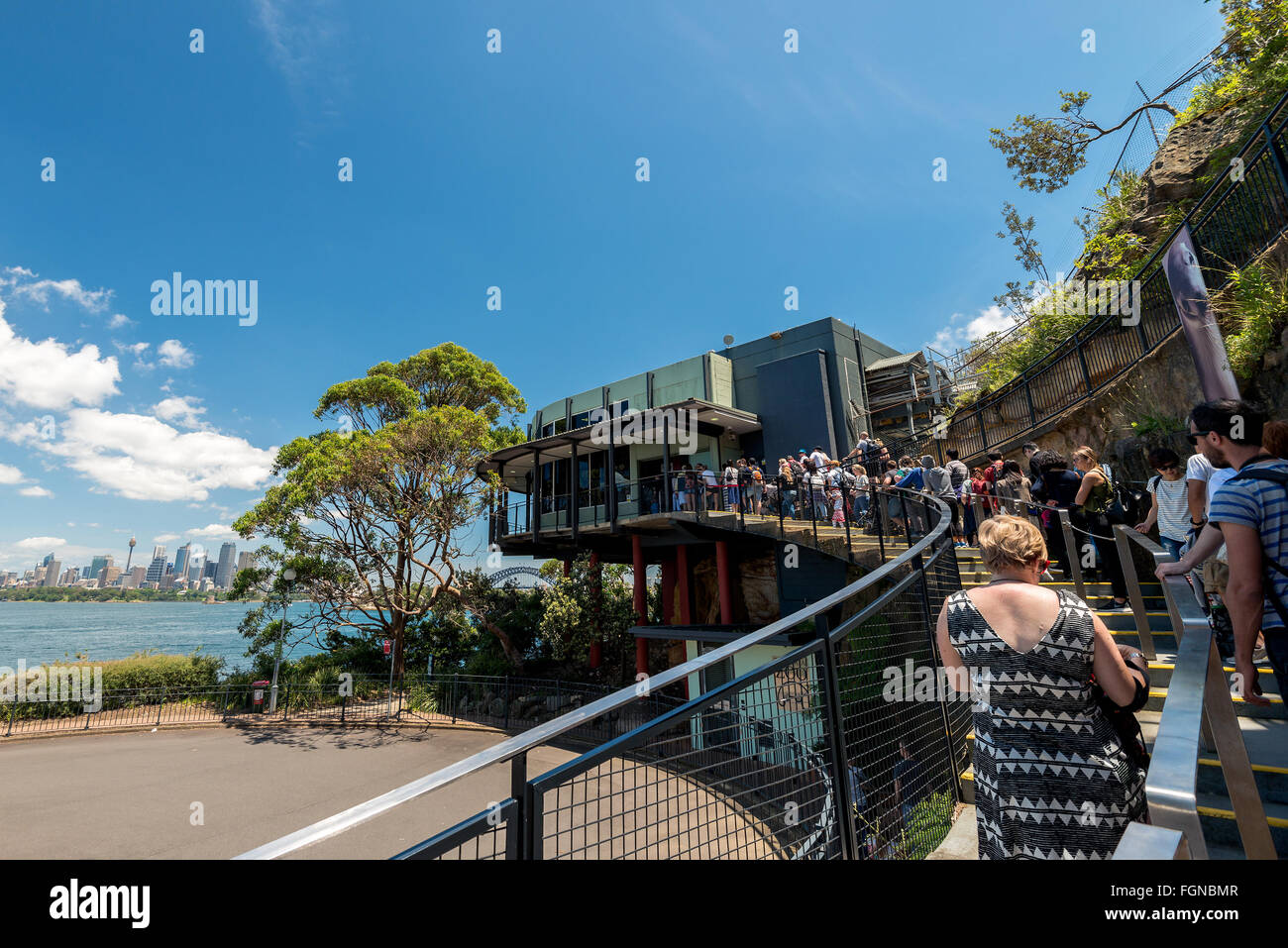 Sydney, Australia - November 09, 2015: People lined up in the queue to the Taronga Zoo entrance. Taronga Zoo is - Stock Image
