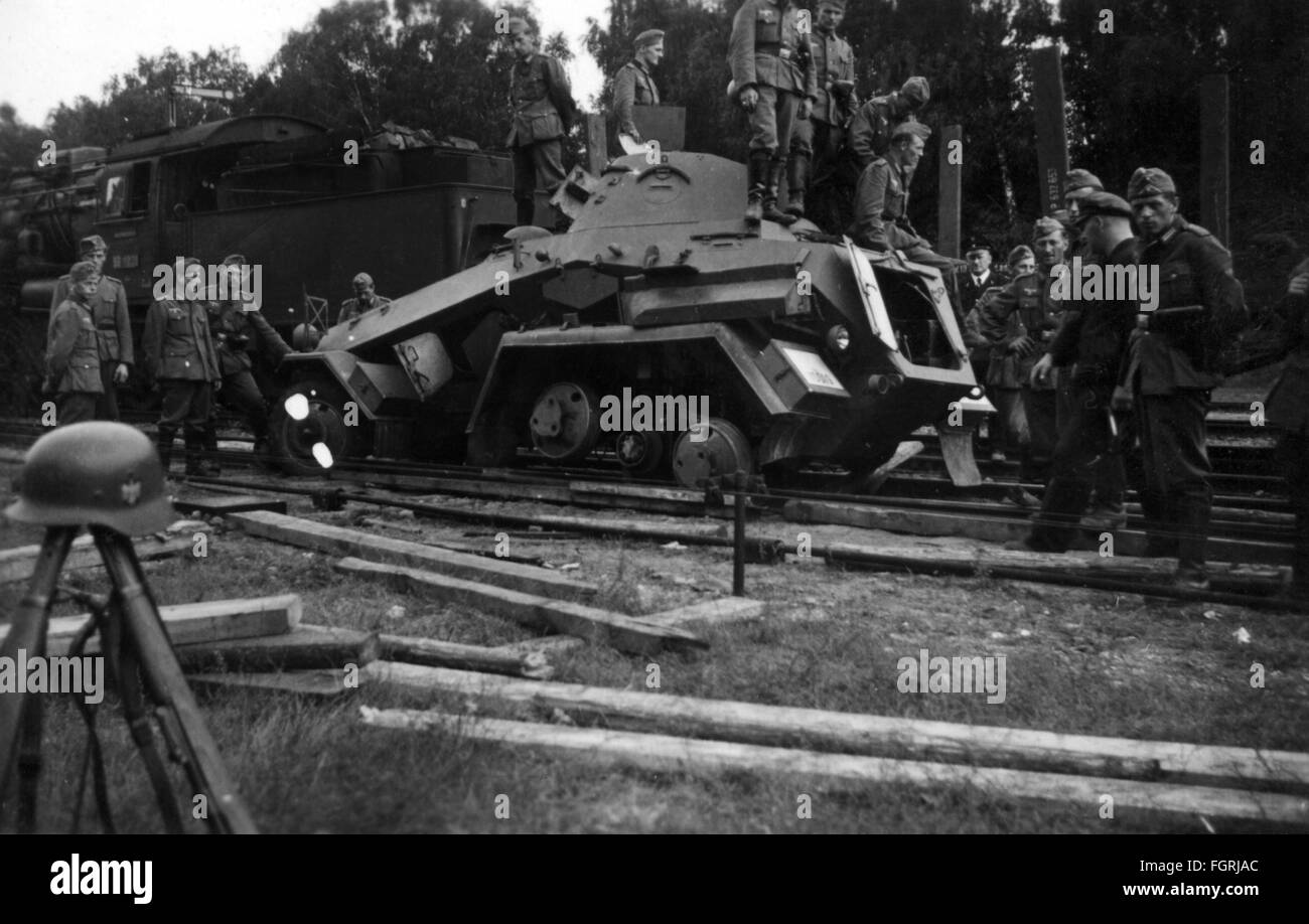 Second World War / WWII, German amored train with armored reconnaissance car, circa 1941, Additional-Rights-Clearences - Stock Image