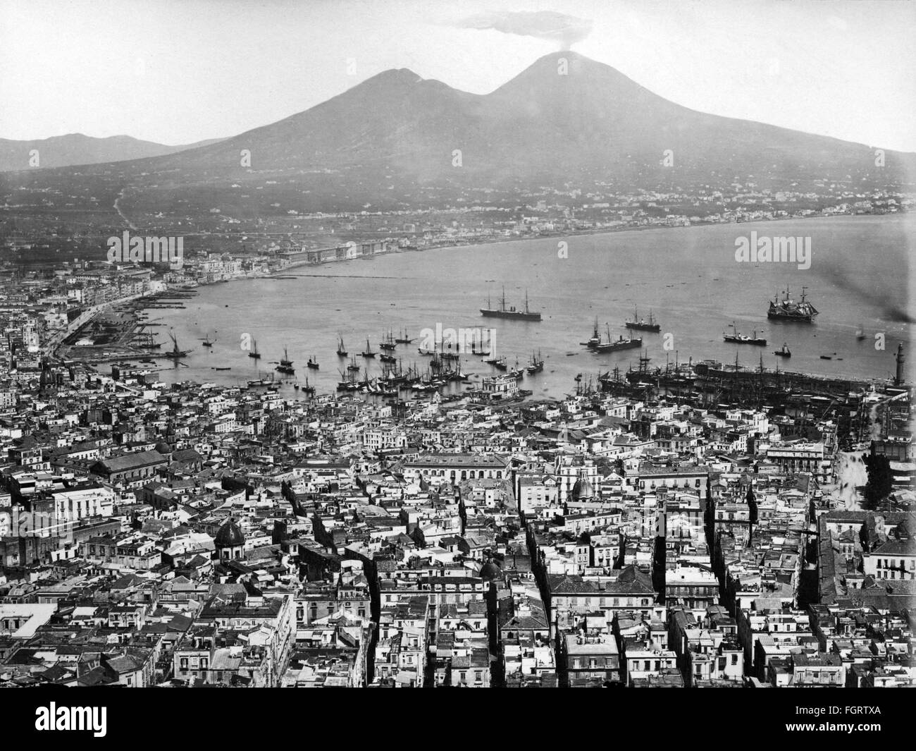 geography / travel, Italy, Naples, overview, in the background the Mount Vesuvius, late 19th century, city, Monte - Stock Image