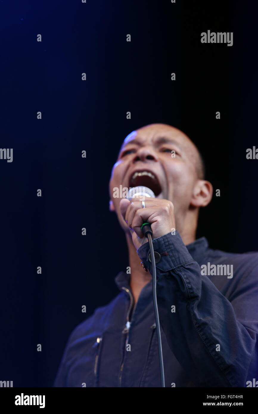 Roland Gift, Village Green Music and Arts Festival, Southend-on-Sea, Essex © Clarissa Debenham / Alamy Stock Photo