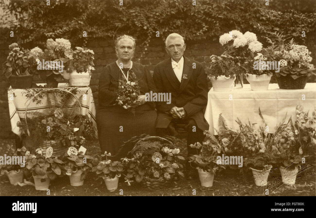 people, couples, golden marriage, old, married couple celebrating his 50th wedding day, couple was married in 1889, - Stock Image