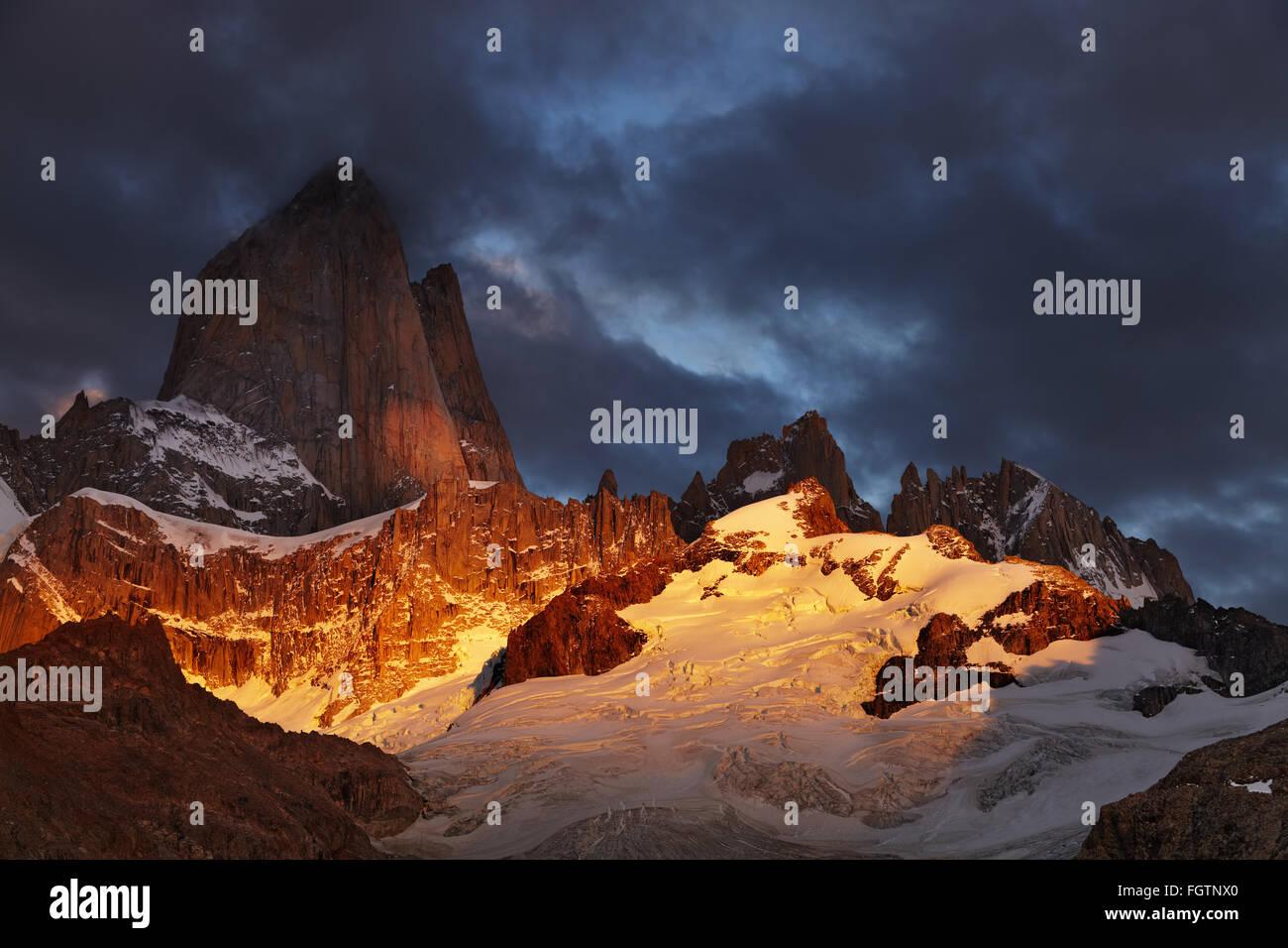 Mount Fitz Roy at sunrise, Patagonia, Argentina - Stock Image