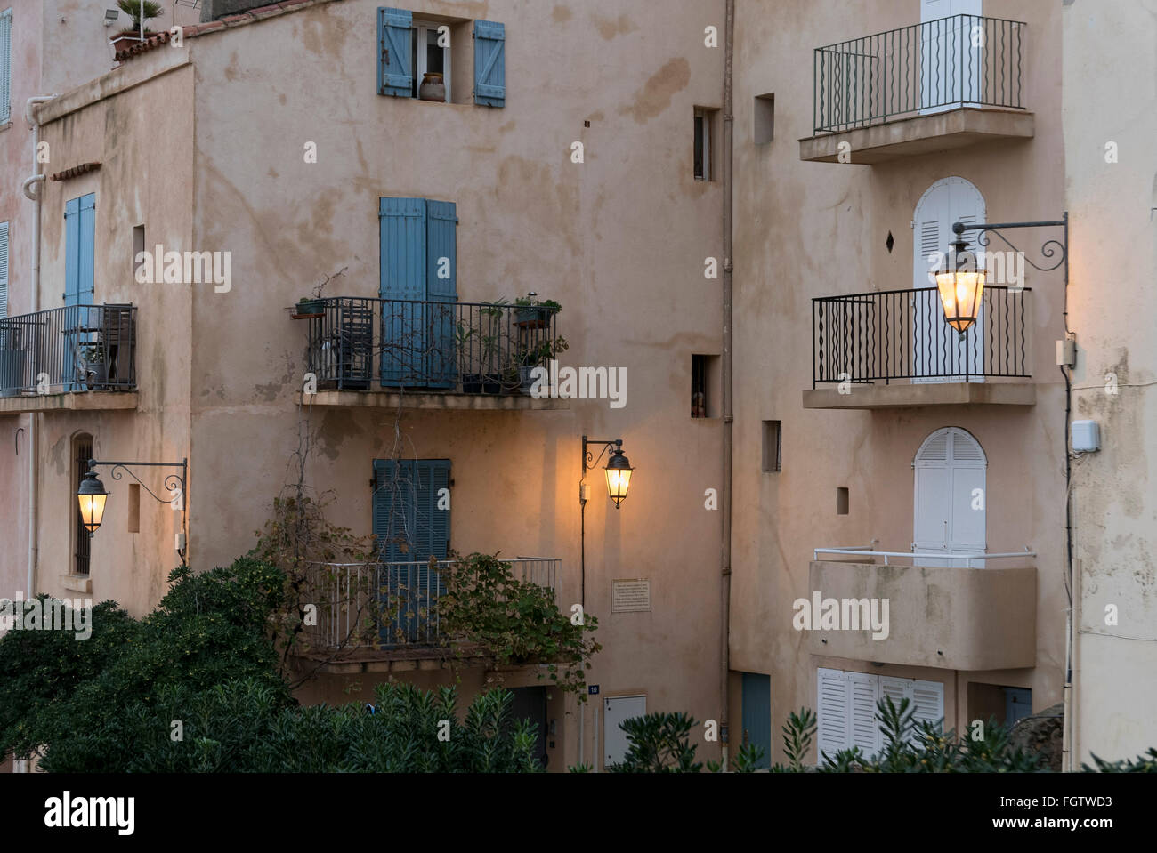 Altstadt von Saint-Tropez, Dep. Var, Côte d'Azur, Frankreich | old town, Saint-Tropez, Dep. Var, Côte d'Azur, France Stock Photo