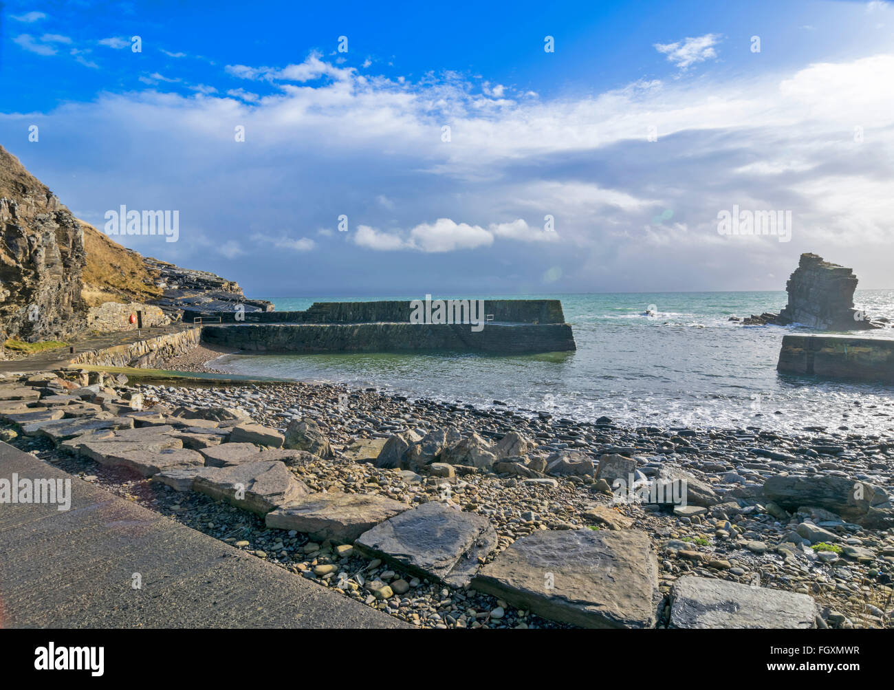 LATHERONWHEEL HARBOUR CAITHNESS SCOTLAND SMALL RUGGED COVE WHICH FIFTY FISHING BOATS USED YEARS AGO - Stock Image