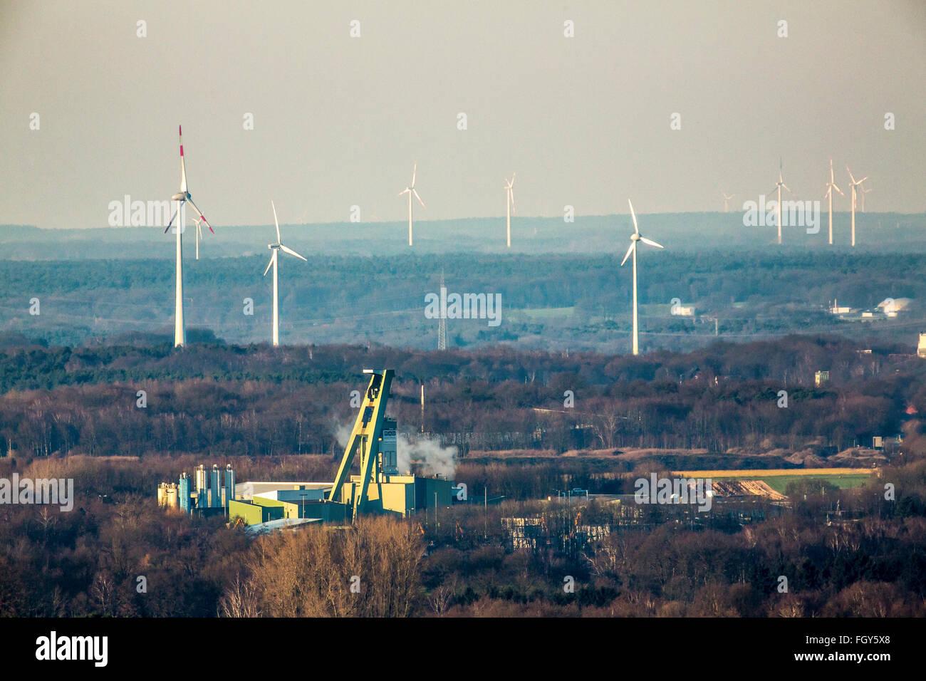 Mine Tower of the mine Prosper Haniel shaft 10 in Bottrop, last coal mine in Ruhr area, will in 2018 closed, wind - Stock Image