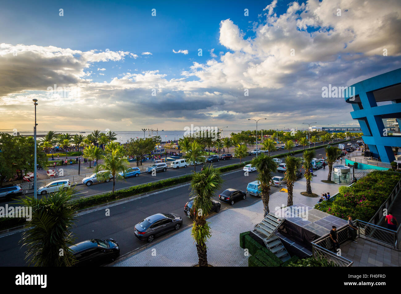 View of Manila Bay and Seaside Boulevard, in Pasay, Metro Manila, The Philippines. - Stock Image