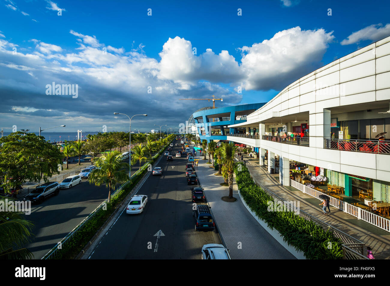 The exterior of the Mall of Asia and Seaside Boulevard, in Pasay, Metro Manila, The Philippines. - Stock Image