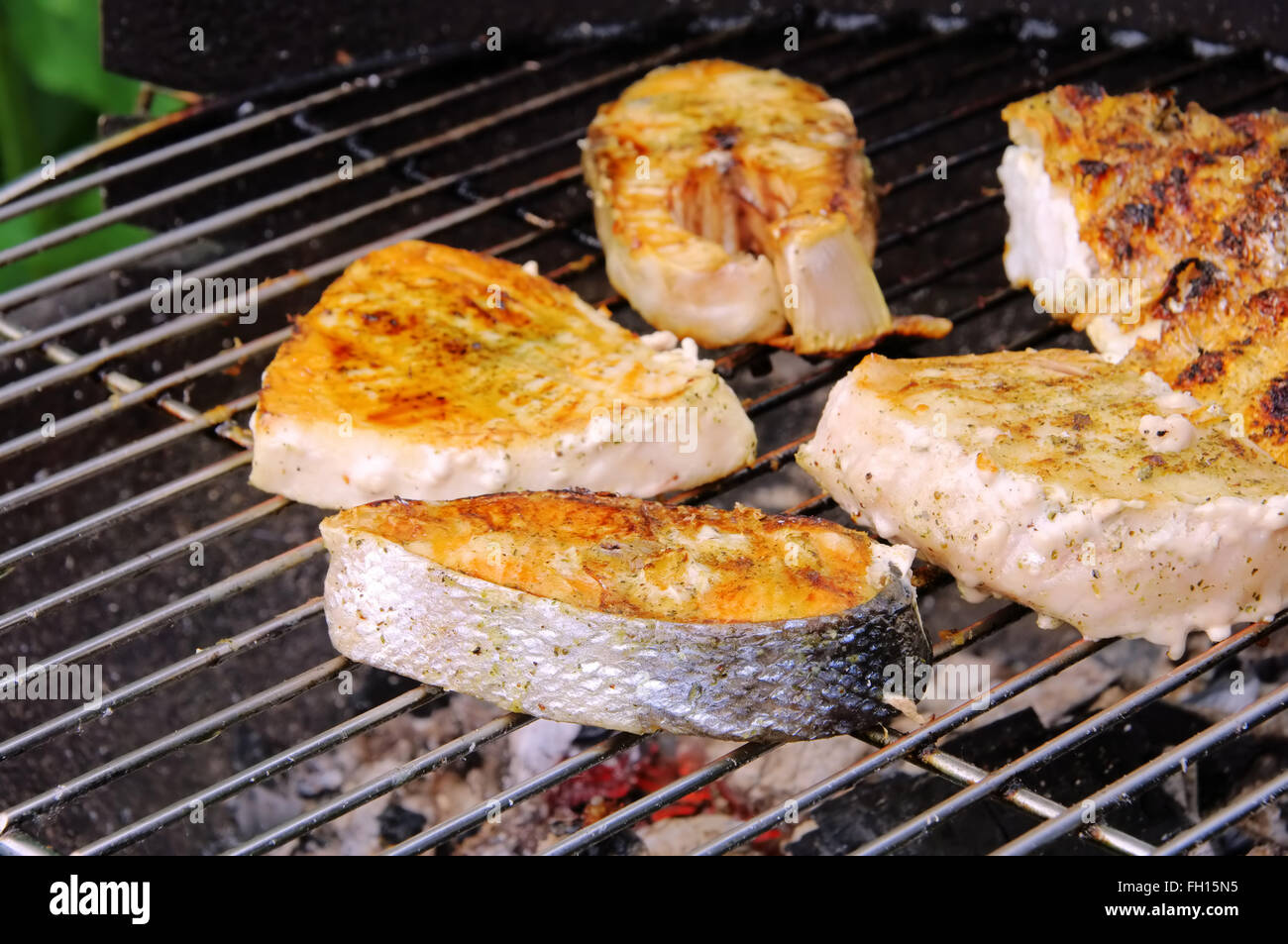 Grillen Fischsteak - grilling steak from fish 09 - Stock Image