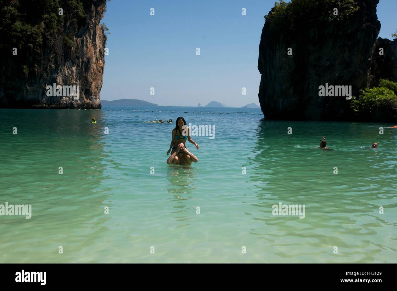 couple having fun in lagoon at Hong island. - Stock Image
