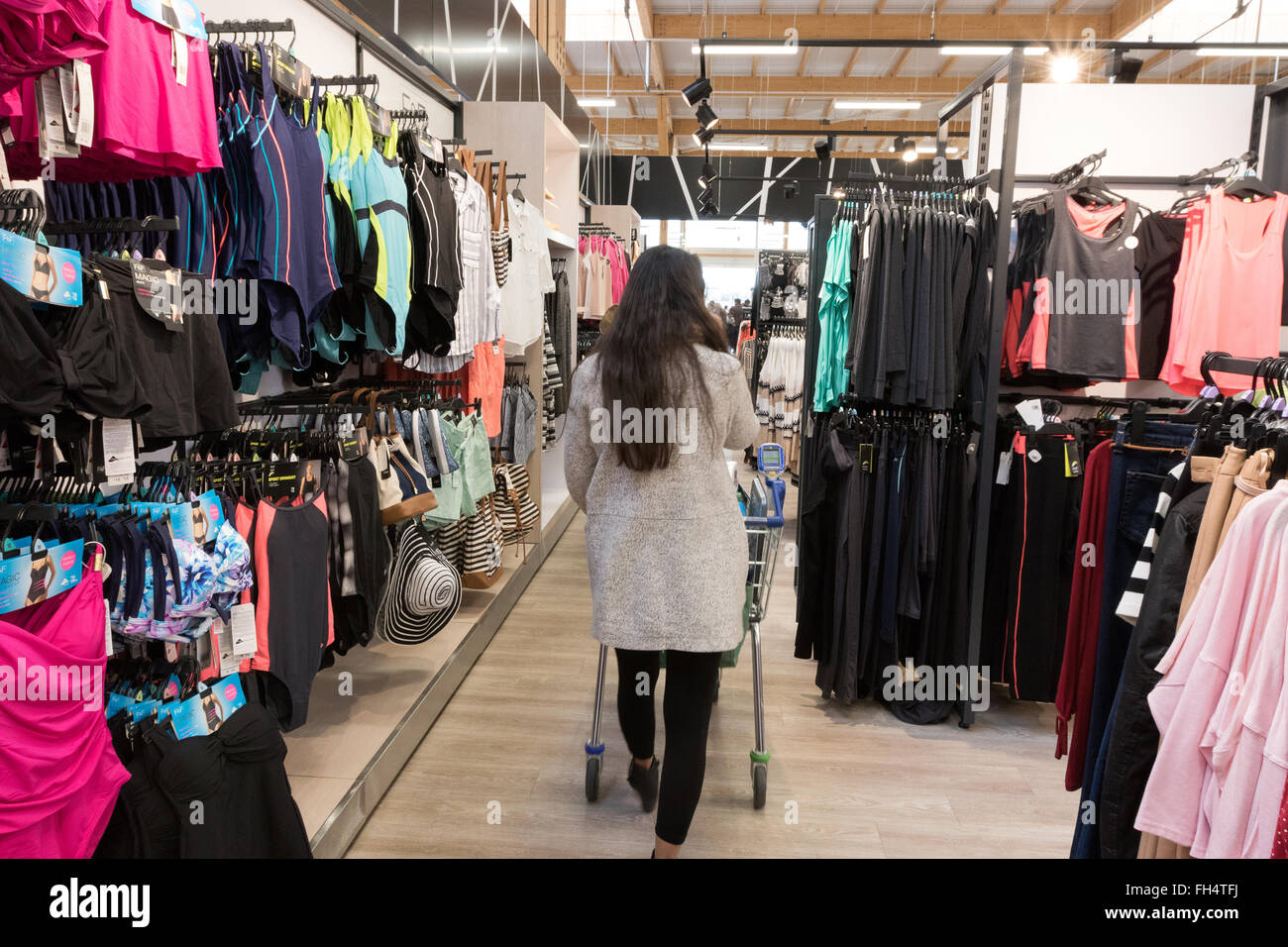 9b5288f4f903 Tesco Clothing Stock Photos   Tesco Clothing Stock Images - Alamy