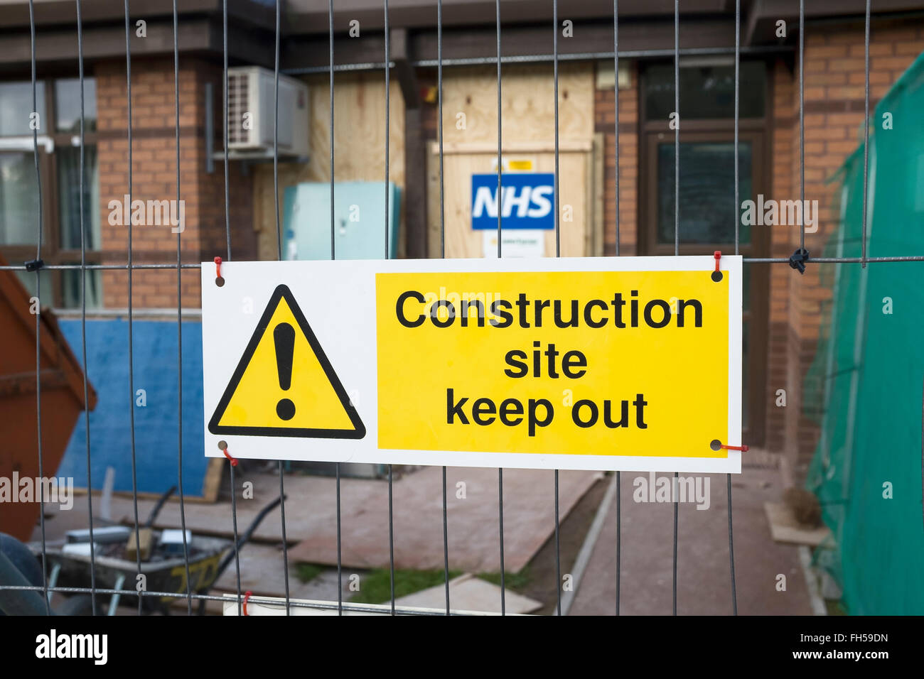 Construction site sign at a NHS hospital - Stock Image