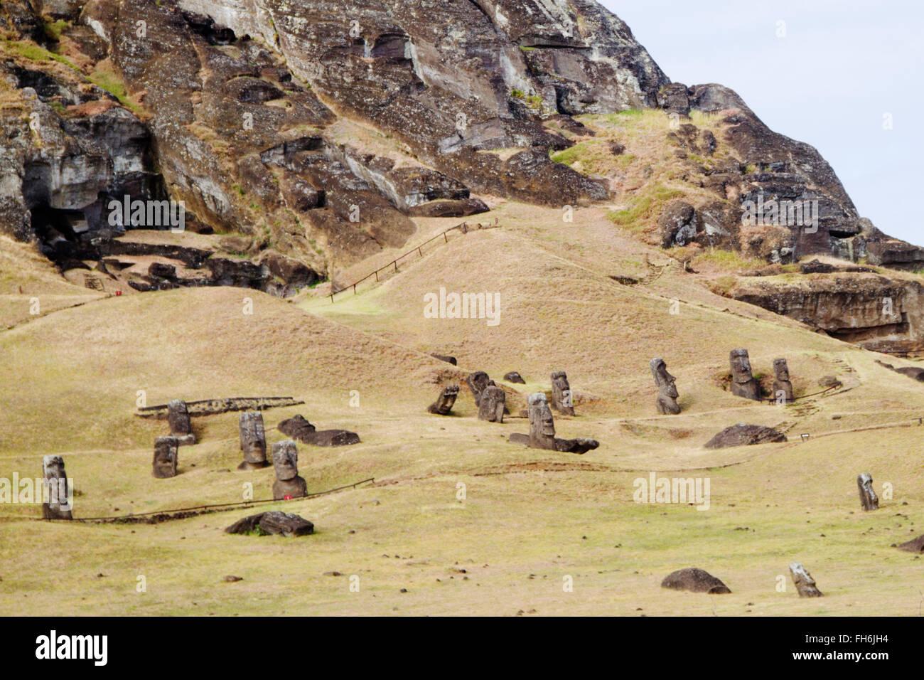 Statues (moai) at Rano Raraku Easter Island, Chile - Stock Image