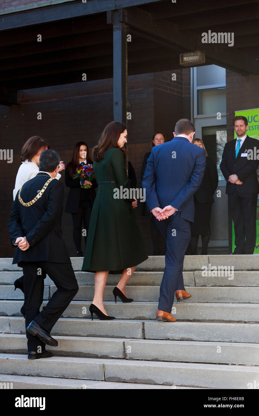 Edinburgh, Scotland. UK. 24 February, 2016. The art Room at Wester Hailers Education Centre well comes HRH The Duchess - Stock Image