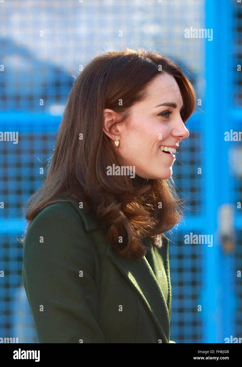 Edinburgh, Scotland. UK. 24 February, 2016. The art Room at Wester Hailers Eduction Centre well comes HRH The Duchess - Stock Image
