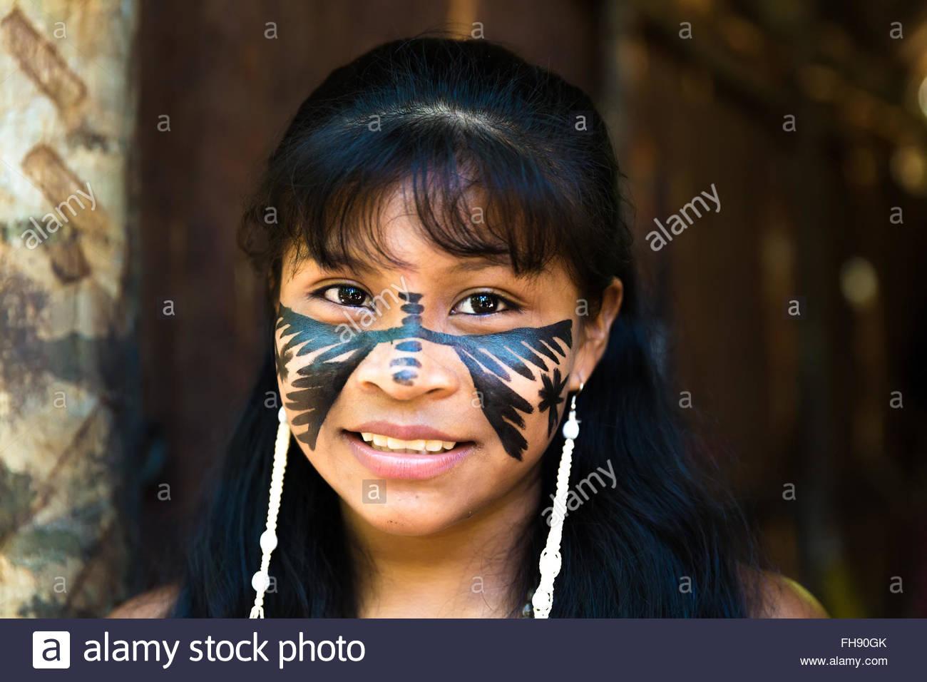 brazilian cute indian girl in amazon, brazil stock photo: 96699027