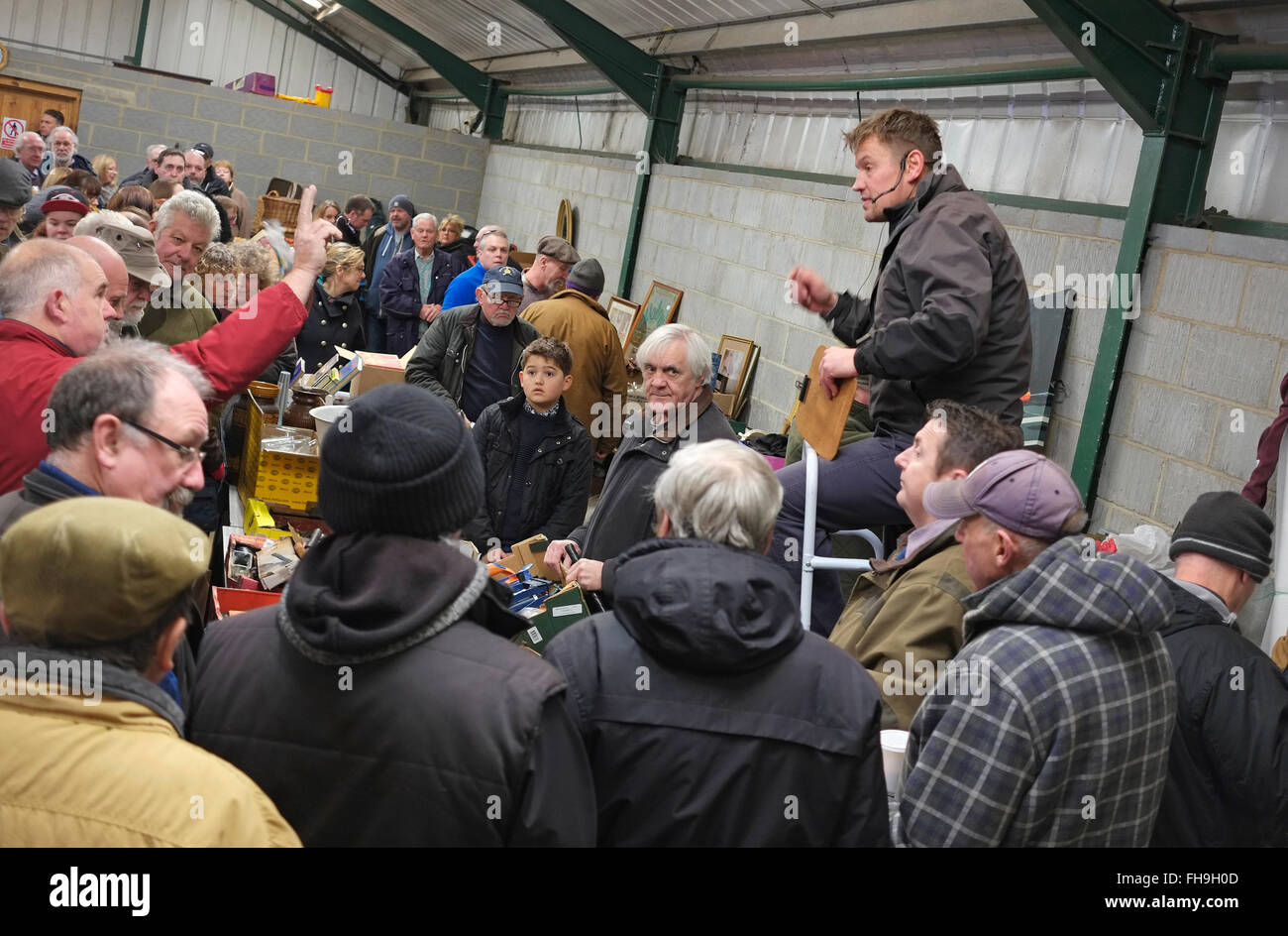 people and auctioneer at fakenham auctions, norfolk, england - Stock Image