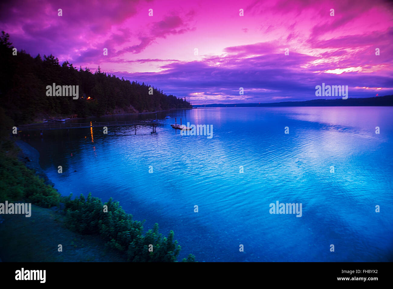 Red And Blue Sunrise Over Discovery Bay Washington Early Morning Stock Photo Alamy