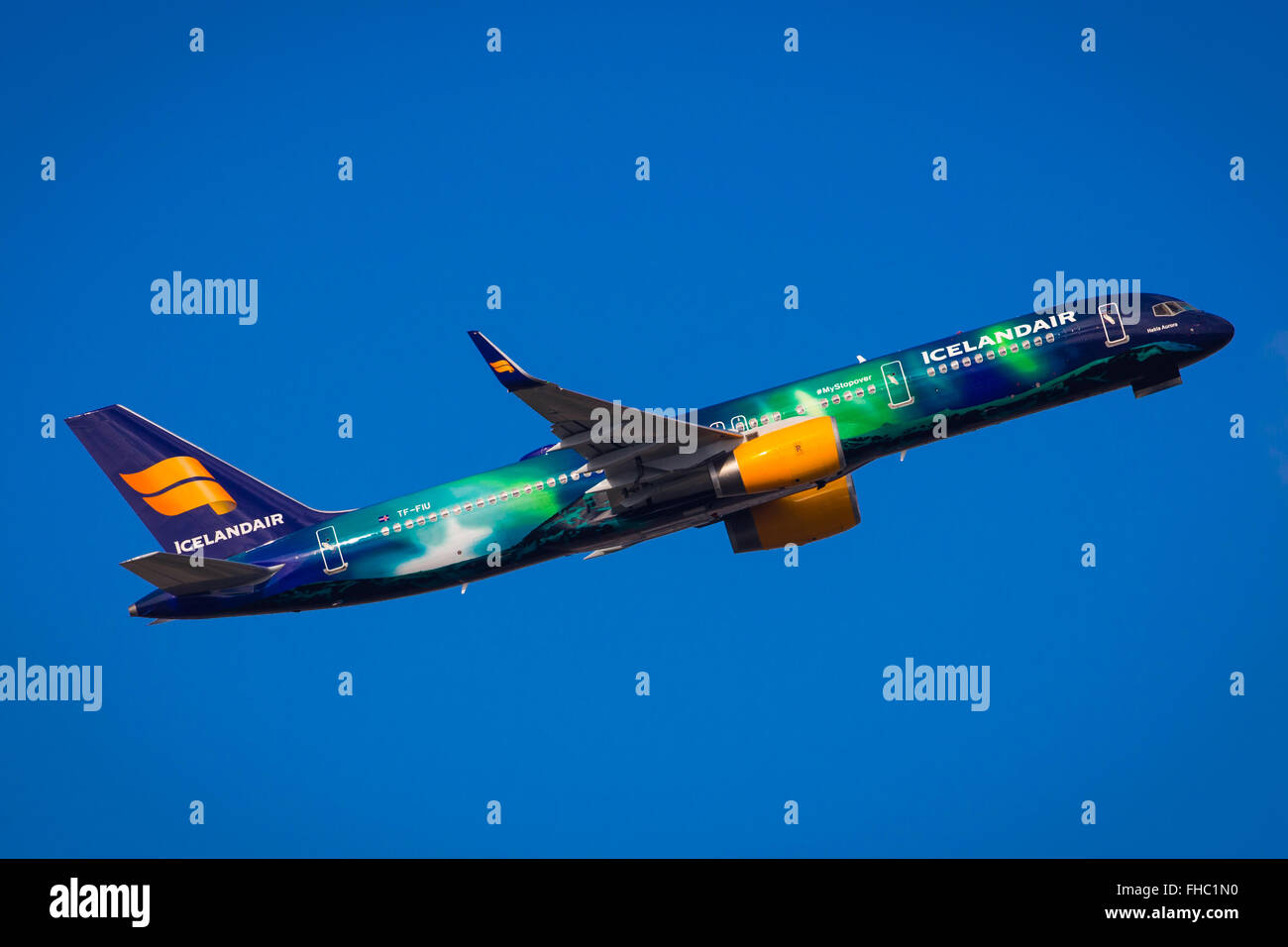 Icelandair Hekla Aurora Northern lights Special Colour Scheme Boeing 757 - Stock Image