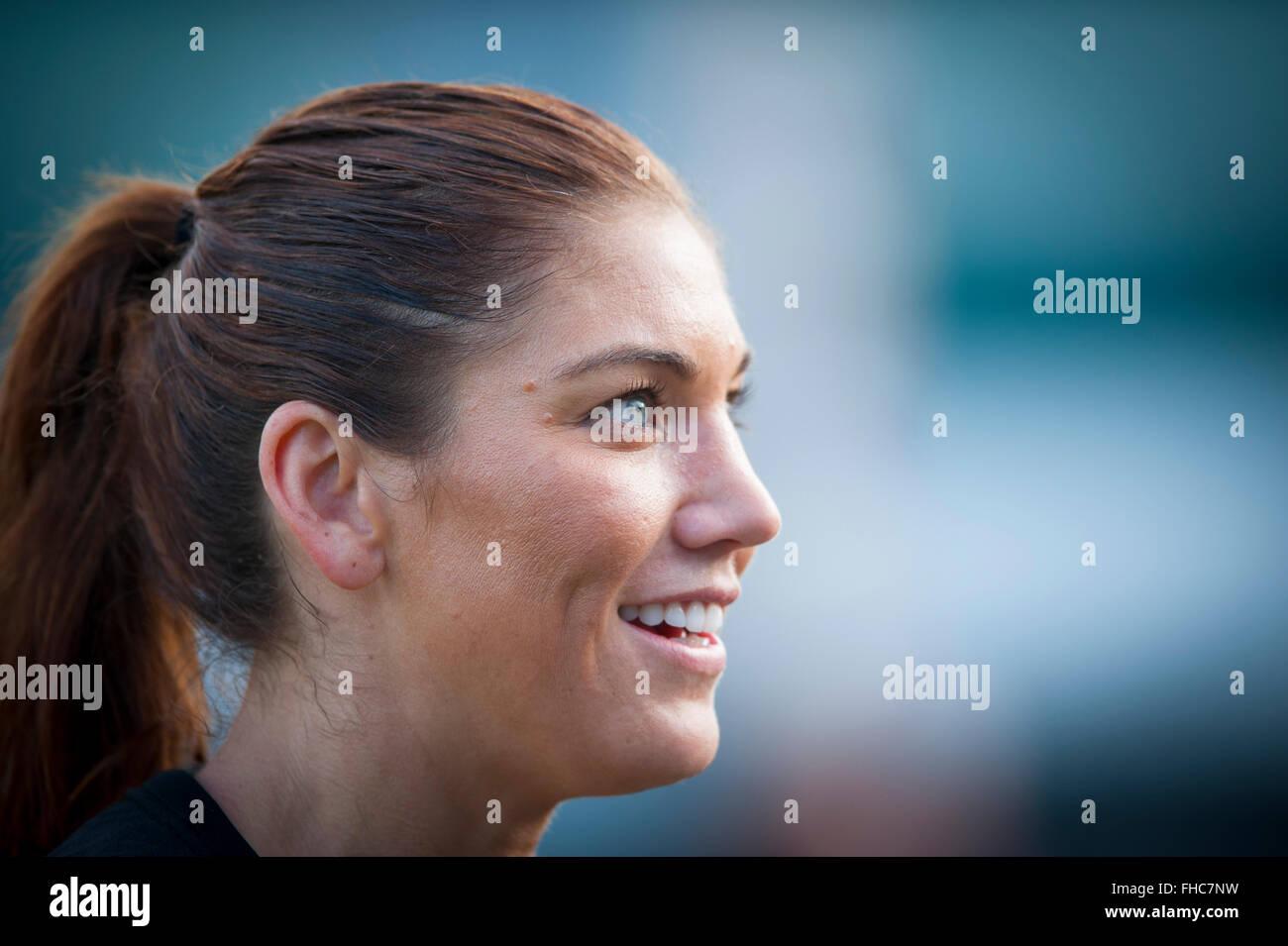 Female Soccer Goalie Stock Photos & Female Soccer Goalie ...